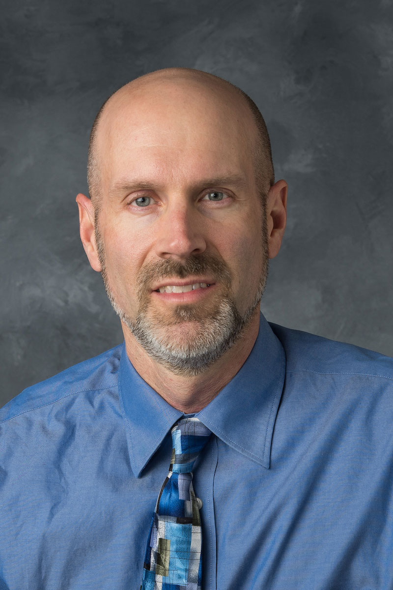 Mike Ernst, portrait