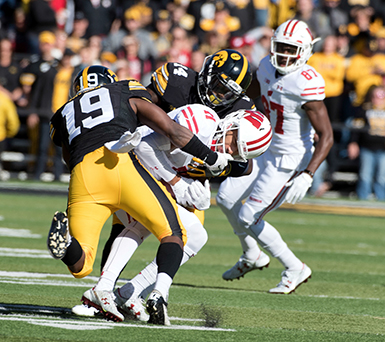 Iowa vs Wisconsin football